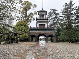 尾山神社・神門