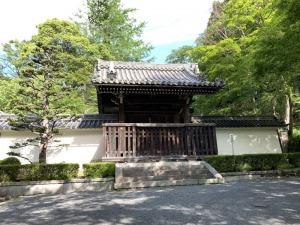 西教寺・勅使門