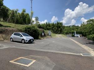 本経寺の参拝者用駐車場
